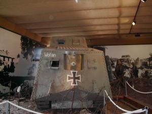 Panzerabwehr gegen Sturmpanzerwagen A7V - 1.Weltkrieg